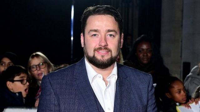 Lyric Theatre evacuated in Jason Manford show as phone on fire