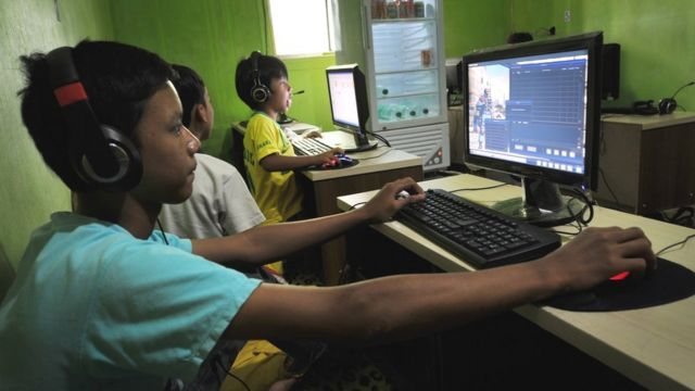 Shop accidentally deletes game built by 12-year-old boy