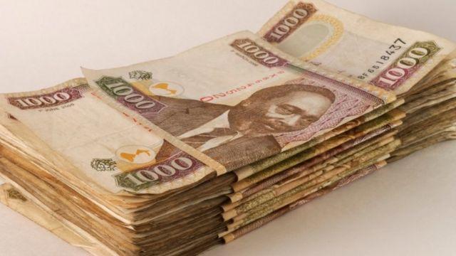 liasse de 1000 billets de 1 000 shillings kenyans
