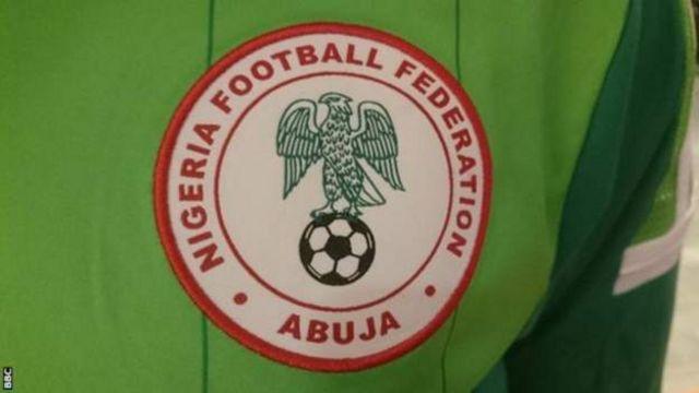 """Le ministre nigérian du Sport, Solomon Dalung, a appelé à la mise en place d'un """"audit"""" de la fédération de football du pays."""