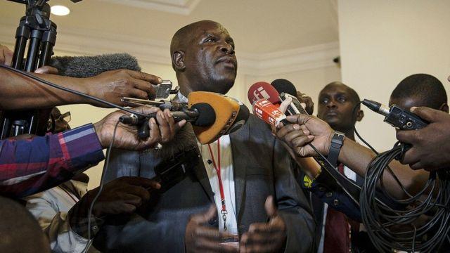 Msemaji wa serikali ya Uganda Ofwono Opondo amelezea kuwa marais wawili Museveni na Kagame hukutana mara kwa mara