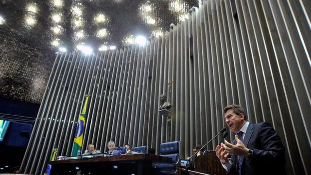 Senador Ivo Cassol (PP-RO) discursa no Senado