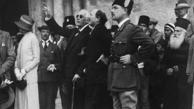 ज्यूंनी 1925 साली जेरुसलेममध्ये बाल्फोर यांचं जंगी स्वागत केलं होतं.