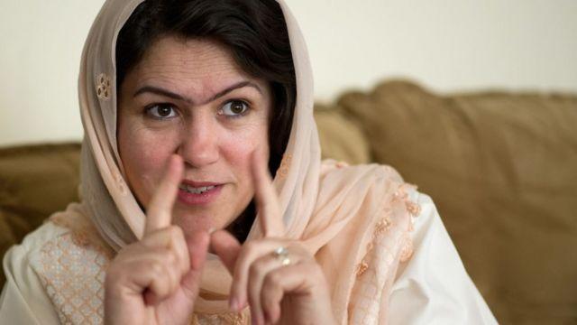 쿠피는 탈레반과 직접 마주해 여성 인권을 요구했다