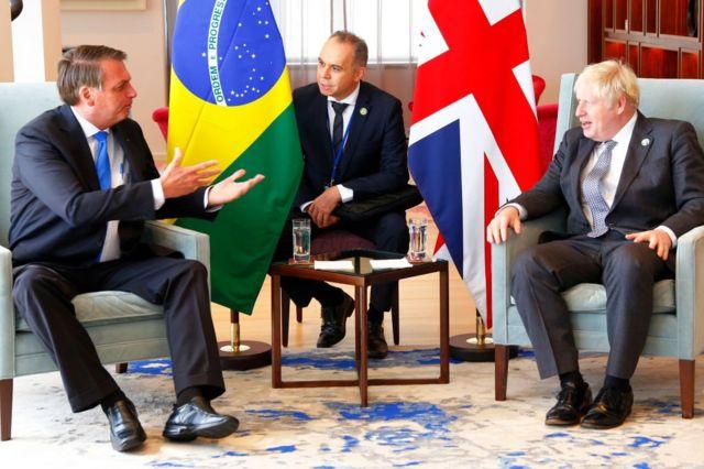 Jair Bolsonaro (izq.) reunido con el primer ministro de Gran Bretaña, Boris Johnson, en Nueva York, 20 de septiembre 2021