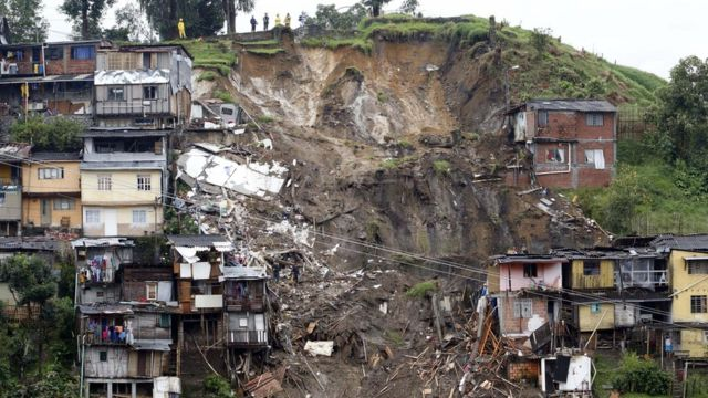 Colombia landslide kills at least 17 in Manizales