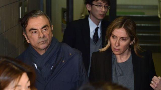 Carlos, Carole Ghosn'u görüyor