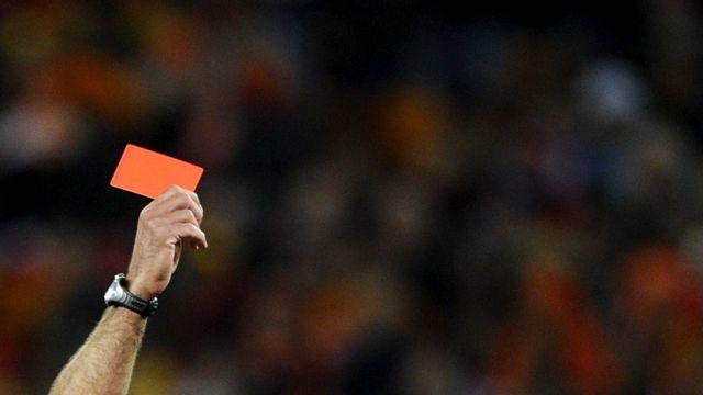 لامبتي تعرض للإيقاف عام 2010 بسبب احتساب هدف غير صحيح
