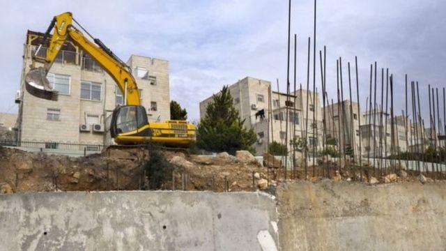 পশ্চিম তীরে ইহুদি বসতি নির্মাণের কাজ চলছে
