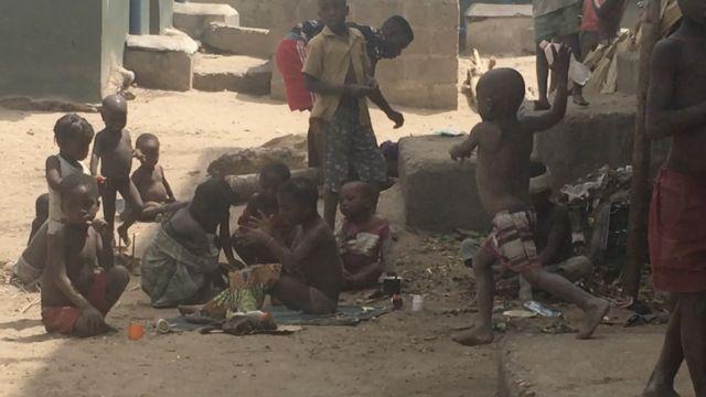 Some of di pikin dem no di go school since dem run from dia village