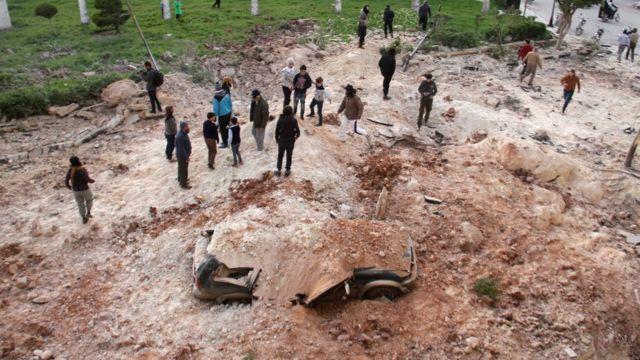 Последствия авиаудара в провинции Идлиб
