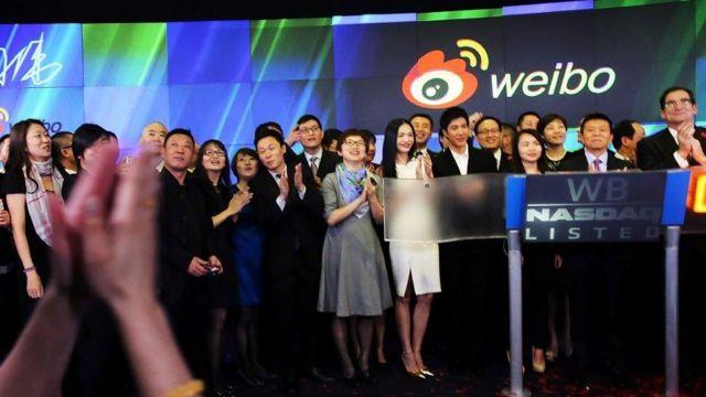 Weibo của Trung Quốc lên thị trường chứng khoán công nghệ cao NASDAQ ở Hoa Kỳ