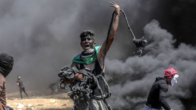 Palestino protesta em Gaza