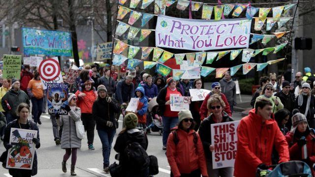 Protesto em Seattle pede maior controle de armas