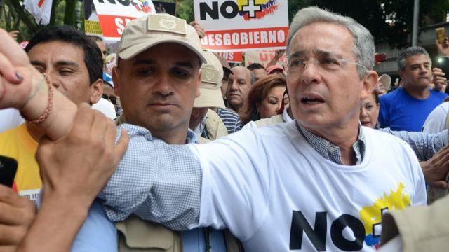 Álvaro Uribe , expresidente de Colombia