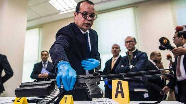 Une arme d'assaut saisie en janvier dernier, lors d'un raid contre une supposée cellule de l'Etat islamique, exposée par les forces de sécurité marocaines