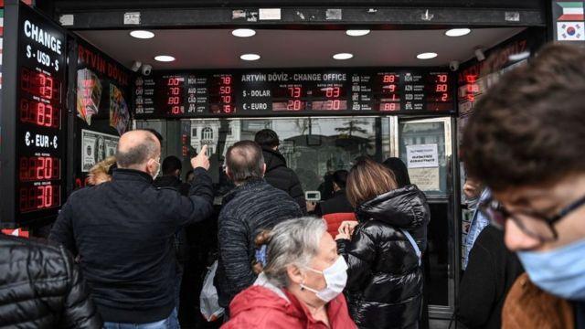 """Dolar'daki yükselişi yabancı analistler yorumladı: """"Para politikası bağımsız olamadıkça olumsuz gidişat sürer"""""""