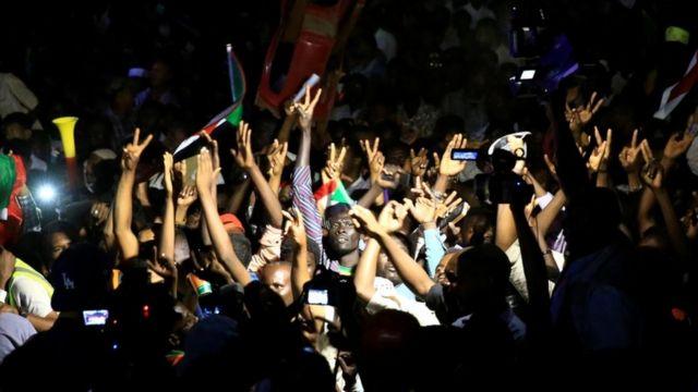اعتصام المتظاهرين في السودان