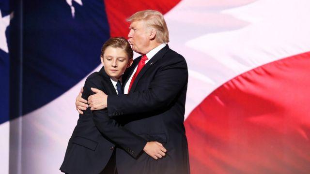 Barron y Donald Trump