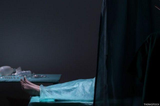 Imagem de pessoa em hospital