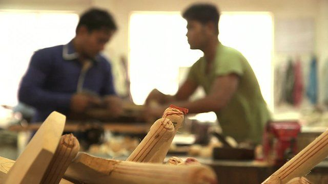 The Indian town where cricket bats are made