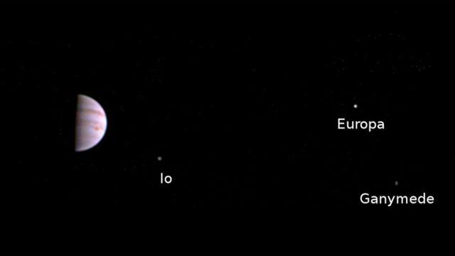Primeira imagem da sonda Juno