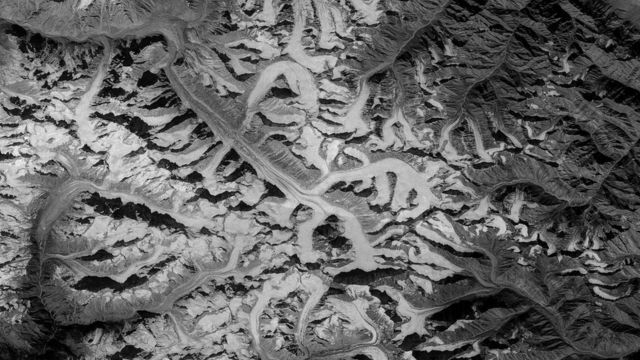 Spy satellites reveal extent of Himalayan glacier loss