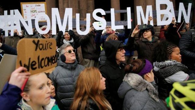 متظاهرون وسط لندن