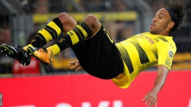 Pierre-Emerick Aubameyang a marqué quatre buts pour Dortmund en quatre matchs de ligue cette saison