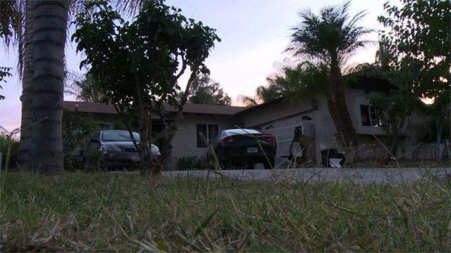 カリフォルニア州リバーサイド郡のこの家で大学襲撃を計画したという