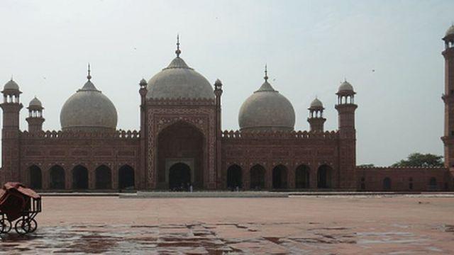 Badshahi Mosque of Lahore - Pakistan