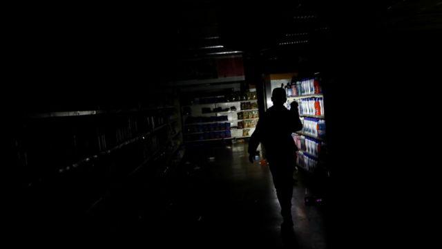 Supermercado en Caracas después de un saqueo en 10 de marzo de 2019