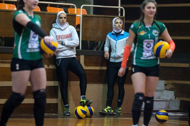 مائده برهانی و زینب گیوه در لیگ والیبال زنان بلغارستان