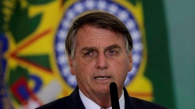 Jair Bolsonaro discursa