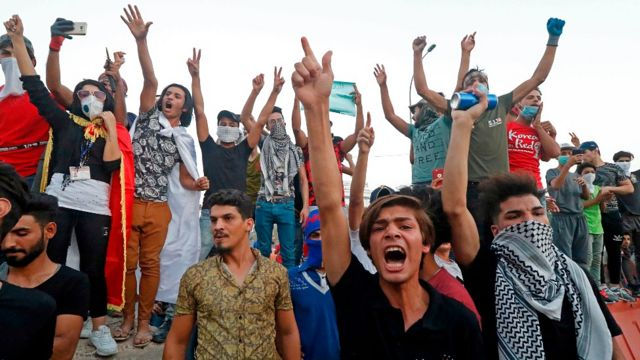 Protestas en Basora en 2018 exigiendo agua potable