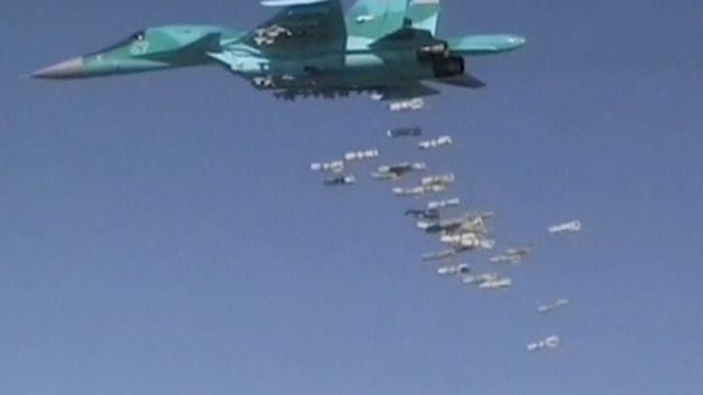 Bombardeio russo na Síria