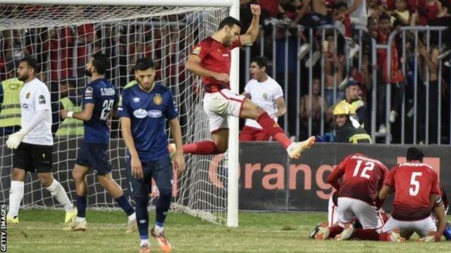 L'attaquant Ahmed El Gaber célèbre l'un des buts d'Al-Ahly.