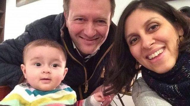 خانواده راتکلیف؛ نازنین زاغری دو سال پیش در حالی که با فرزند خردسالش از ایران عازم محل زندگی اش، در فرودگاه بازداشت شد