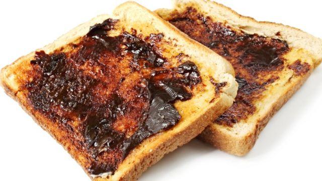 Torrada com Marmite