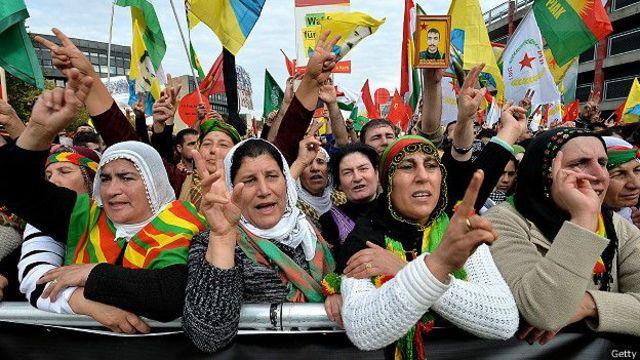 Manifestantes kurdos.