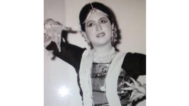 লায়লা হাসান থিয়েটার, টেলিভিশন নাটক, চলচ্চিত্রে অভিনয় করেছেন।