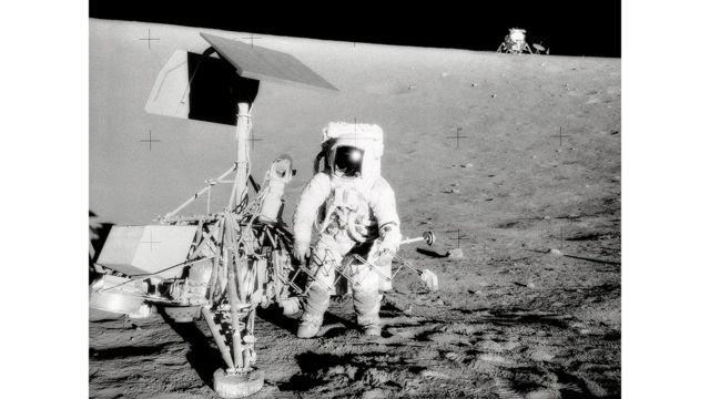 Astronauta na Lua