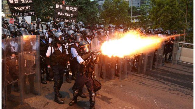 6月12日的示威场面