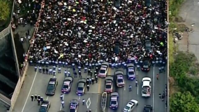 A mass protest blocked roads in Atlanta, Georgia, but was peaceful