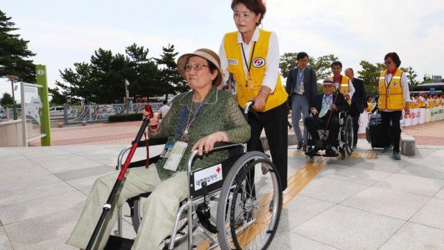 Starija žena iz Severne Koreje
