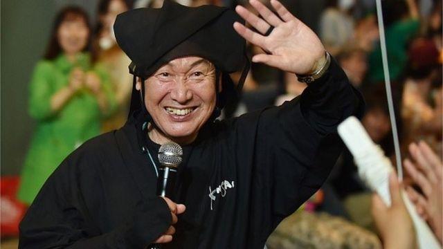 山本寛斎氏