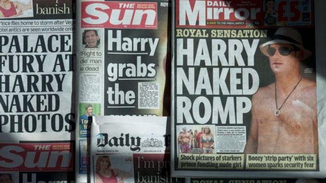 Газеты с фотографиями обнаженного принца, сделанные в Лас-Вегасе.