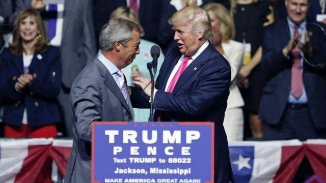 El líder de UKIP, Nigel Farage (izquierda), y el candidato republicano a la presidencia de EE.UU., Donald Trump (derecha).