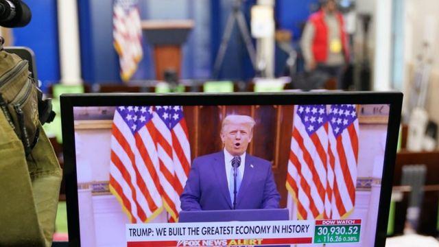 TT Trump có bài diễn văn chia tay trên YouTube hôm 19/1