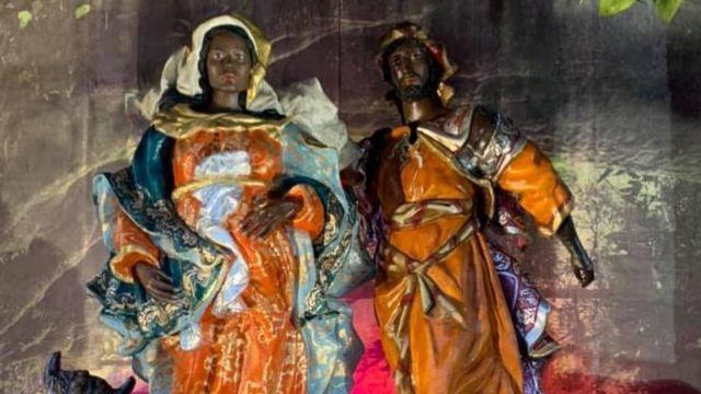 Paróquia do Sagrado Coração de Jesus, na Glória, Zona Sul do Rio, montou presépio temático no Largo da Glória. Um dos temas foi o combate ao racismo
